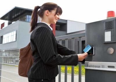 12-electronic-door-locks-card-readers 1200x1000
